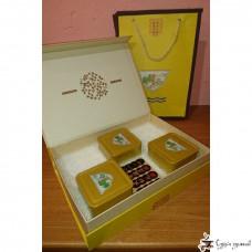 Подарочная коробка Пиала желтая (3 квадратные банки)
